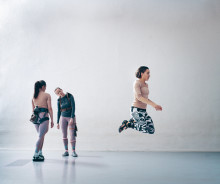 SUNDAY CIRCLES #4 Sandra Lolax och Rosalind Goldberg på Köttinspektionen Dans