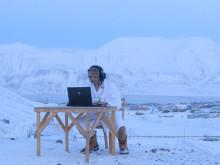 Her spiller han over 4G-nettet – med isbjørnvakt