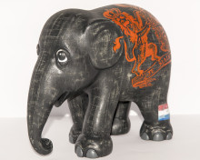 Elephant Parade commissions special elephant design to celebrate new King of the Netherlands