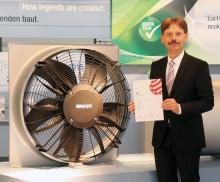 ebm-papst har tilldelats Red Dot Award 2017 för axialfläkten AxiBlades unika design