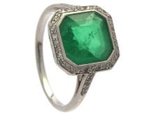 Unik smaragdring från 30-talet såld på auktion