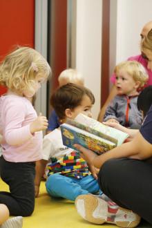Barn + Bøker = Sant