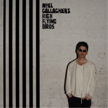 Noel Gallagher's High Flying Birds slipper nytt album // Første singel ''In The Heat Of The Moment'' tilgjengelig i IPOOL nå!