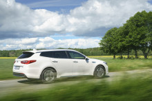 Nu på svenska vägar: Optima Sportswagon Plug-in Hybrid