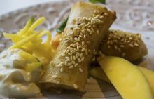Korshags recepttips: Laxvårrulle med lime & mangosås