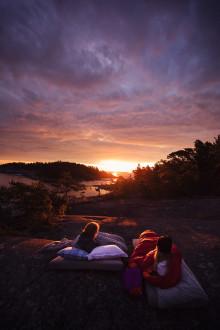 Kärlek och kändisskap i topp när svenska ungdomar får drömma om framtidens upplevelser