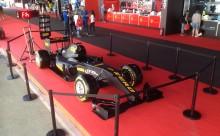 Utmana F1-stjärnorna hos Pirelli