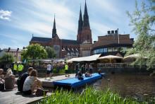 ICA Kvantum Gränby ställer kunderna på startlinjen i Uppsala Triathlon – och provsimmar i Fyrisån imorgon