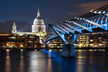 London-kontrakt for Toten-kontakt