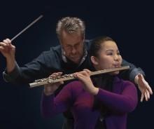 Blind flöjtist spelar med Kungliga Filharmonikerna