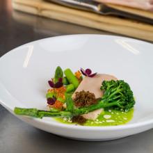 Recept - Ångad rödingfilé med asiatisk broccoli (Edin Dzemat)
