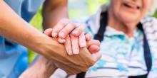 Tiohundra satsar på utbildning av vårdbiträden till undersköterskor