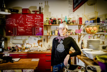 Linn Huuva delar sin matfilosofi i Tv-programmet Smaker från Sápmi