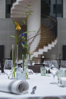 Sveriges största vinprovning av svenska viner på Radisson Blu Metropol Hotel.