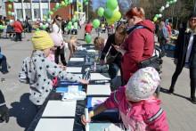 Karakallio Creative järjestää osallistavia taidetyöpajoja kouluissa ja päiväkodeissa