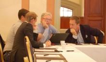 Aktiva golvleverantörer diskuterar