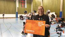 Åsa ger sin del av Kundmiljonen till Luleå Roller Derby