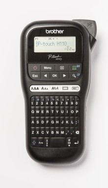 Wygodne drukowanie etykiet w domu i w firmie: nowa mobilna drukarka PT-H110 od Brother