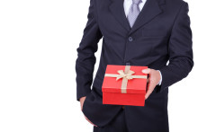 Geschenke an Kunden sind steuerpflichtig