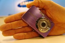 Samsungs minikamera mindre än ett kreditkort