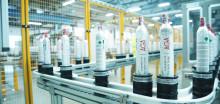 AGA åpner nytt fylleanlegg for CO2-flasker i Estland