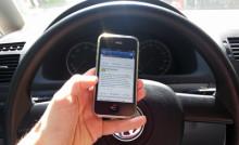 Köra bil och skicka sms? Så ökar vi säkerheten i trafiken