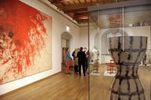"""Kunst im Dialog: Neue Sonderausstellung """"Kriege und Feste"""" auf Schloss Hartenfels in Torgau"""