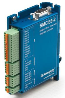 Den lilla stegmotorstyrningen SMCI33 är till stor hjälp vid maskinoptimering i och med enkel, snabb och flexibel programmering.