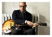 Musik på Slott och Herresäten presenterar stolt sommarens sjunde och sista konsert: Tomas Andersson Wij på Kollängens Tingshus tisdag 20 augusti kl 19