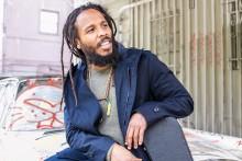 Ziggy  Marley för reggaetraditionen vidare på Grönan