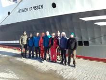 Forskningsskip satte hverandre stevne i Ny-Ålesund