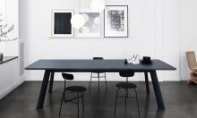 Staffan Holm designar tyst bord för Abstracta