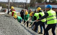 Nu är bygget av ny idrottshall i Svenstavik i gång!