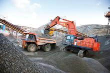 Bennys Gräv satsar på 120 tons Hitachi