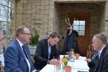 Borås Energi och Miljö och BMH Technology Oy skriver kontrakt