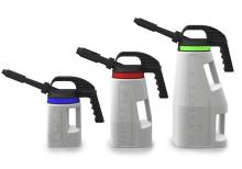 Spillfritt med ny ergonomisk oljekanna från DENIOS