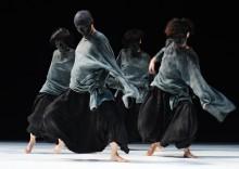 Kinas mest lysande dansstjärna Tao Dance Theater gästar Dansens Hus
