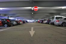 Bortglömda bilar i julstressen - trendbrott på gång?