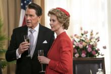Tim Matheson og Cynthia Nixon som præsidentparret i Killing Reagan