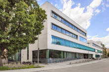 Akademiska Hus gör omfattande investering i elproducerande solceller