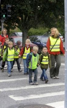 Lämna bilen hemma för säkrare skolvägar
