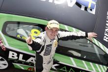 Helling går för segrar och silver i Clio Cup-avslutningen