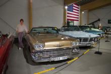 Hemtjänstens personal bjuds på Härnösands bilmuseum