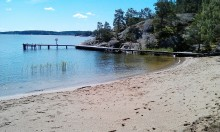 Ny allmän badstrand i Stavsnäs invigs 5 juli
