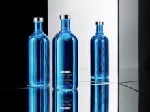 Brand Union entwickelt Design für die Limited Edition Absolut Electrik