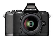Olympus OM-D endrer spillereglene for D-SLR med fem-aksers bildestabilisering og verdens raskeste AF