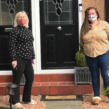Kind Glasgow woman donates handmade facemasks to Angels of the North