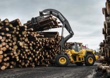 Volvo L180HHL höglyftande hjullastare når nya höjder