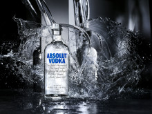 The first Absolut bottle in new design has been filled in Åhus