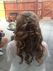 Gracie's hair cut to help Sophia to walk